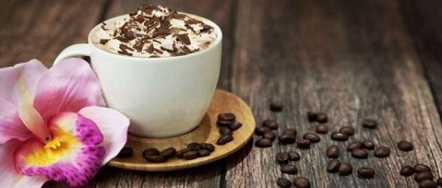 Кофе эспрессо кон-панна (con panna)