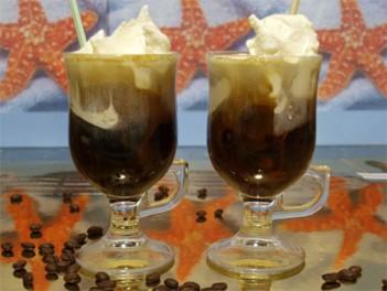 Кофе гляссе на основе растворимого кофе