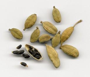 Зерна кардамона