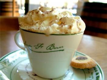 Кофе с ванилью и мороженым